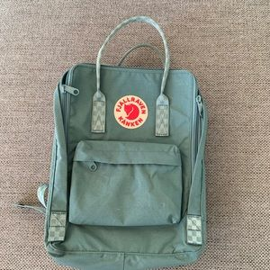 "Fjallraven Kanken Laptop 13"" in frost green-chess"
